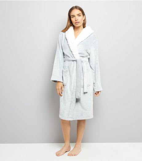 Pale Grey Borg Robe  | New Look