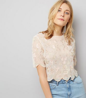 White Floral Embroidered Scallop Hem Top