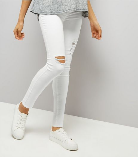 Maternity White Ripped Under Bump Skinny Jeans | New Look