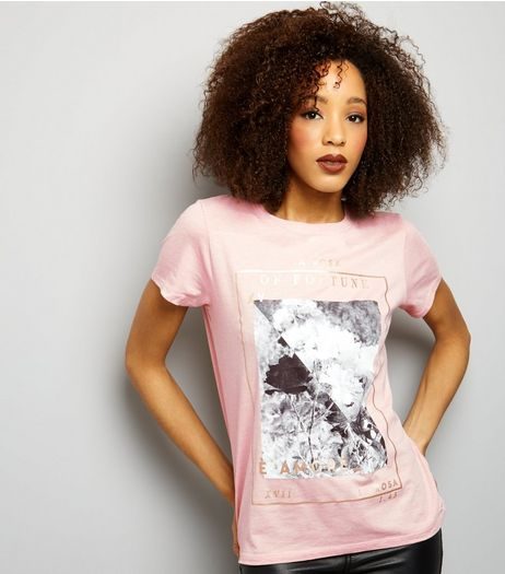 Shell Pink Foil Photograph Print T-Shirt | New Look