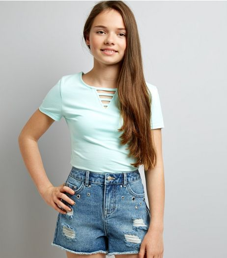 Teens Blue Eyelet Trim Denim Shorts | New Look