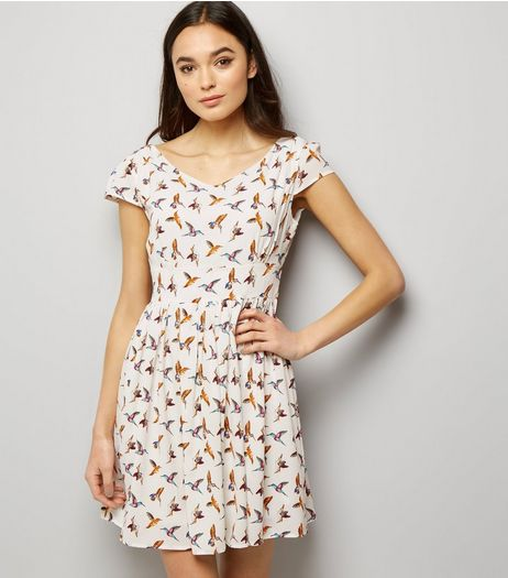Mela White Bird Print Dress | New Look