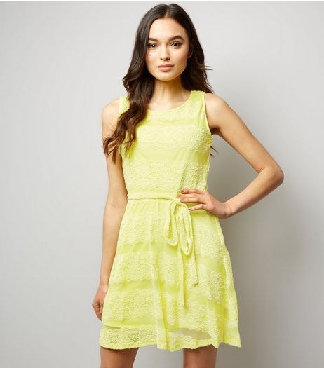 Mela Yellow Lace Tie Waist Dress | New Look
