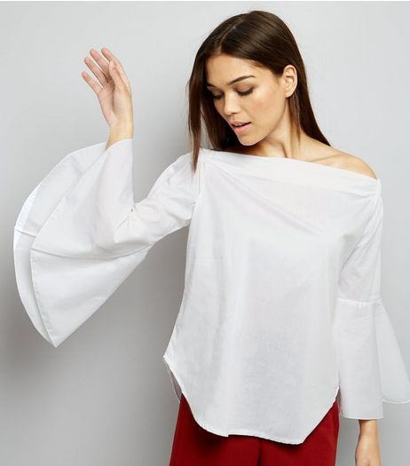Loving This Bardot Neck Bell Sleeve Top | New Look