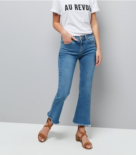 Blue Kick Flare Cropped Raw Hem Jeans | New Look