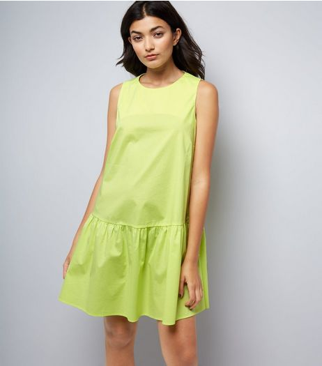 Green Drop Peplum Hem Dress | New Look