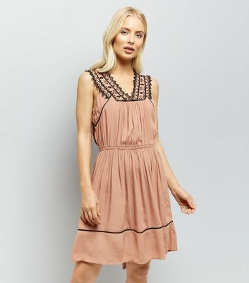 Brown Embroidered V Neck Dip Hem Dress