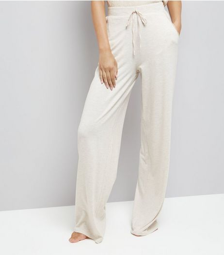 Tall Cream Jersey Pyjama Joggers | New Look