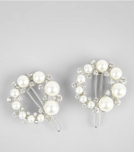 2 Pack Silver Pearl and Diamante Circle Clips | New Look