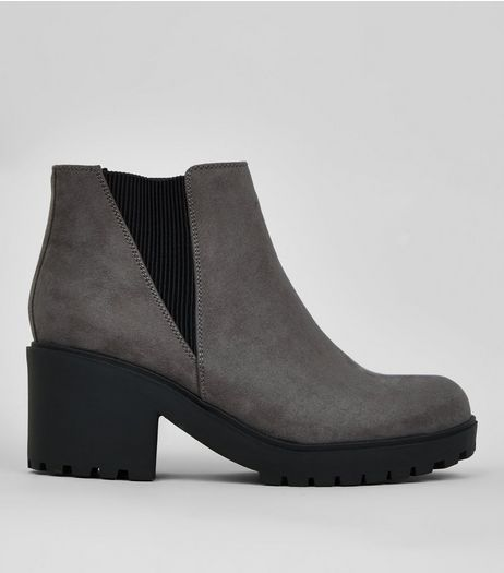 Teens Grey Suedette Chunky Chelsea Boots | New Look