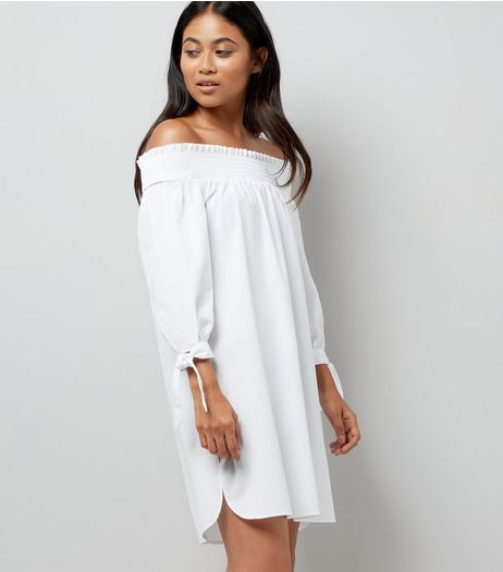 Petite White Tie Sleeve Shirred Bardot Neck Dress | New Look