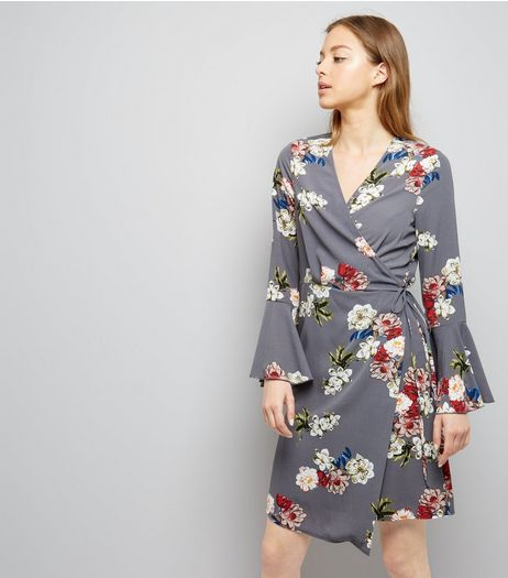 Cameo Rose Grey Floral Print Asymmetric Wrap Dress | New Look