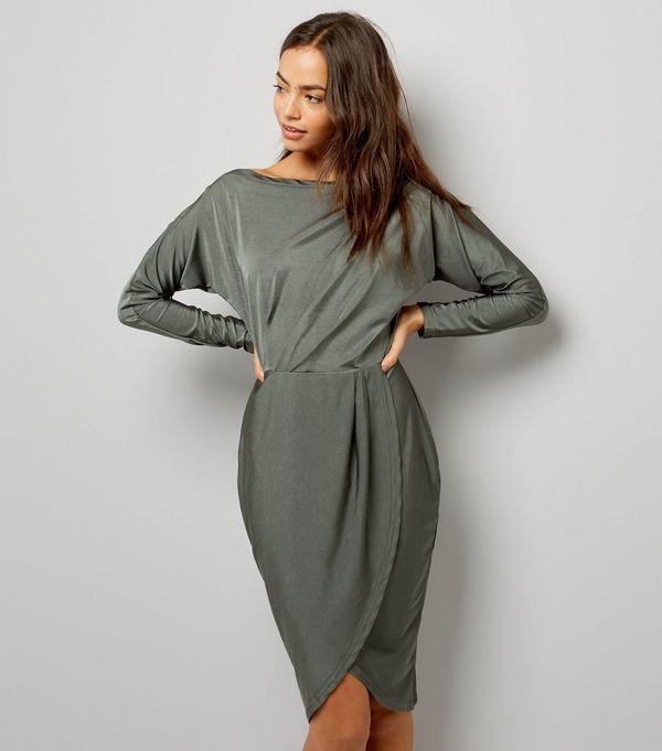 Green baroque style midi dress