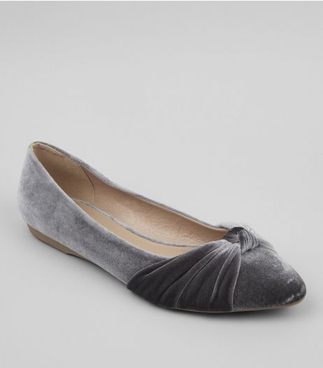 Grey Velvet Knot Front Pumps | New Look