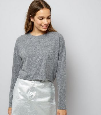 Grey Raw Hem Long Sleeve Crop Top