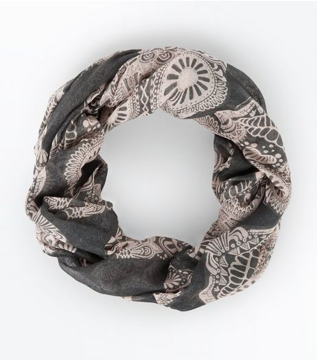 Grey Floral Skull Print Snood | New Look