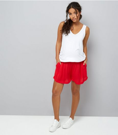 Maternity Red Shirred Waist Shorts | New Look