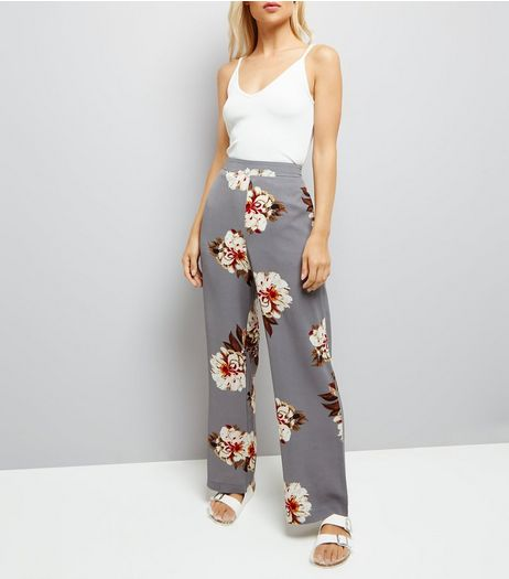 Grey Floral Print Wide Leg Trousers | New Look